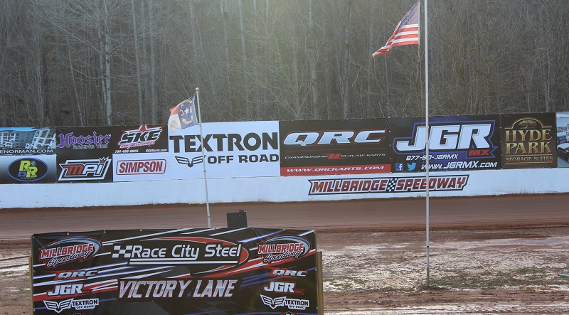 Race Chaser Live: Wednesday Series Week Four At Millbridge